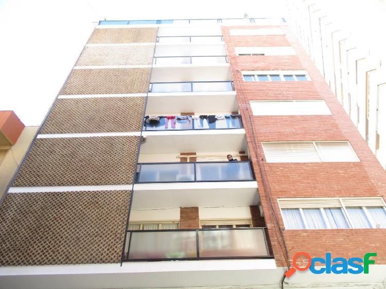 Excelente piso de 116m en pleno centro de la ciudad,2 baños