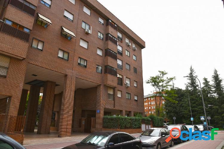 La Zarzuela Precioso piso de 2 habitaciones, trastero y