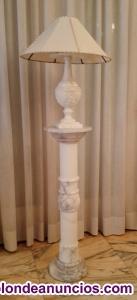 Columna/pie y lampara de mármol