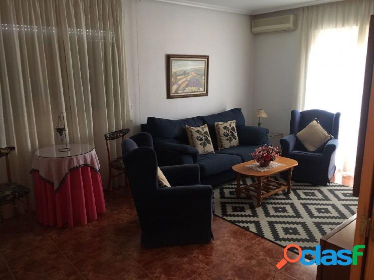 Estupendo piso de cuatro dormitorios en Molina de Segura