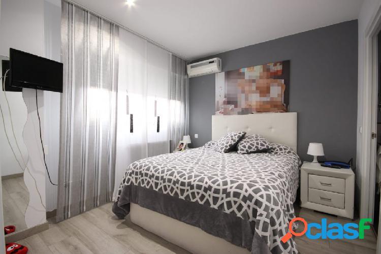 Precioso piso duplex de 4 dormitorios 3 baños, garaje