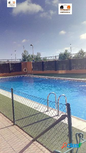 Urbanización privada, piscina, garaje, calefacción