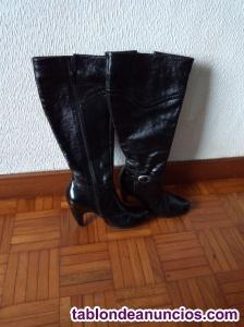 Vendo botas de cuero talla 36