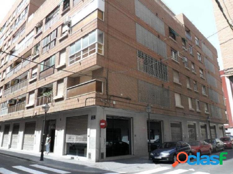Conjunto de 4 locales en zona Cabanyal, Valencia