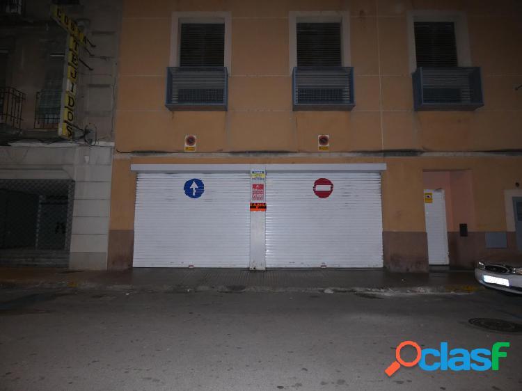 SIN NINGUNA COMISIÓN!! Plaza de garaje en calle Curtidors