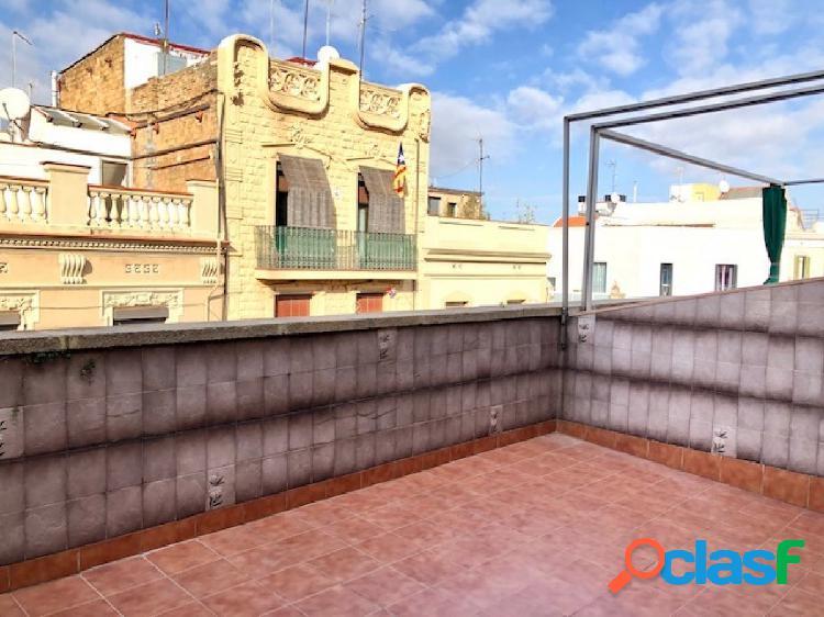 Oportunidad!! Ático con ascensor de 2hab con dos terrazas