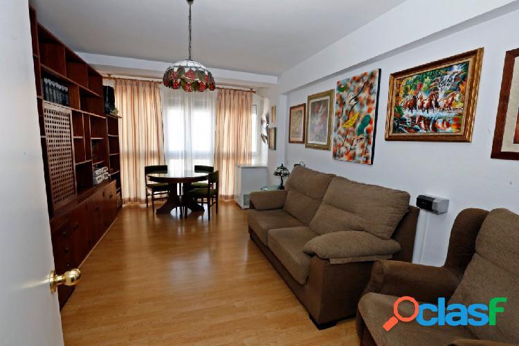 Piso de 3 dormitorios en zona San José