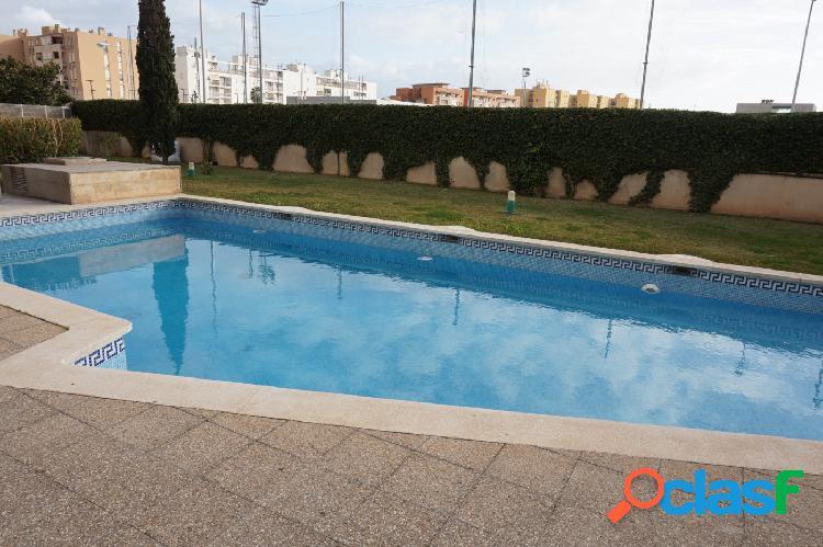 Piso en planta baja con terraza y parking en El Molinar