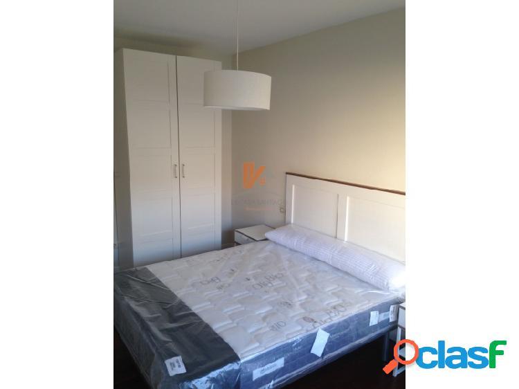 Se alquila apartamento de 2 habitaciones en República del