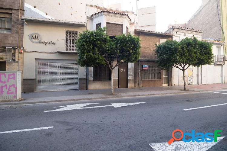Casa adosada a 5 minutos del centro de Castellón