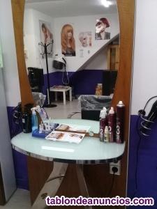 Se vende artículos de peluquería