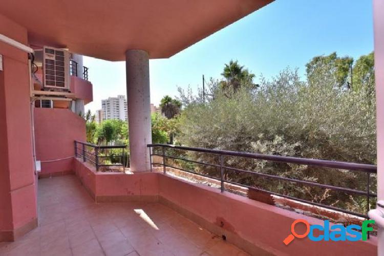 Apartamento con piscina en venta en LSos pacos