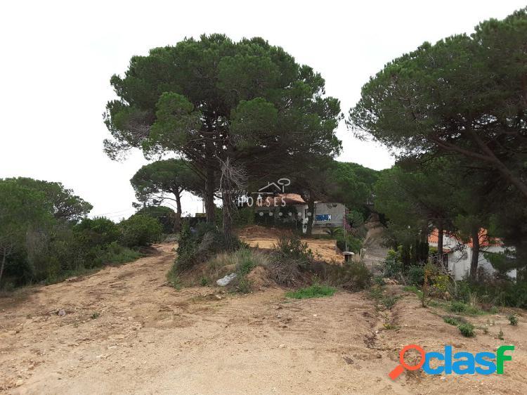 Dos terrenos juntos en venta (1800m2). Con magnificas vistas