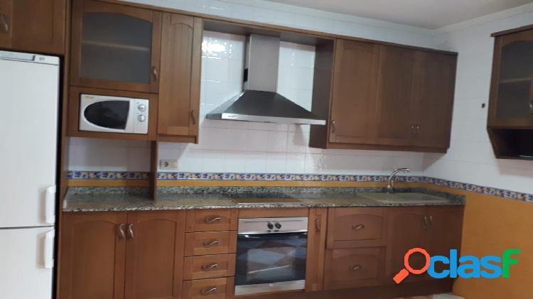 Fantástico piso de 230 m2 a la venta en Molina de segura.