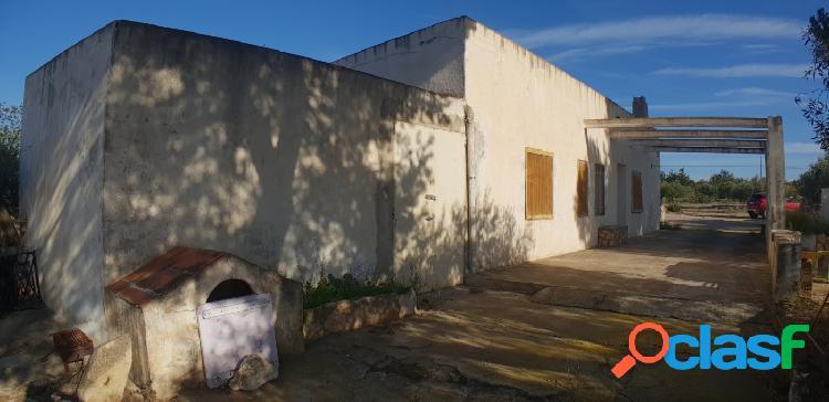 Finca Rústica de 40.000 M2 con casa de campo a rehabilitar