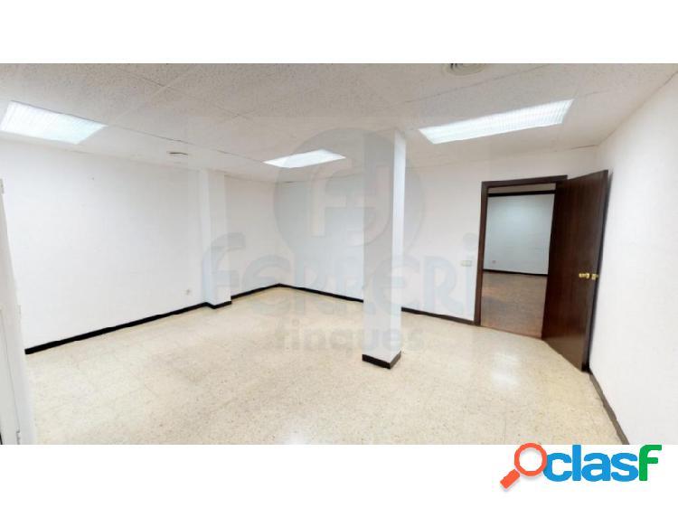 Oficina de 110 m2 en El Fort Pienc.