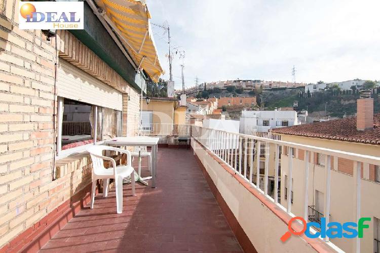 Ref: A4005V5. Ático para reformar con magnífica terraza y