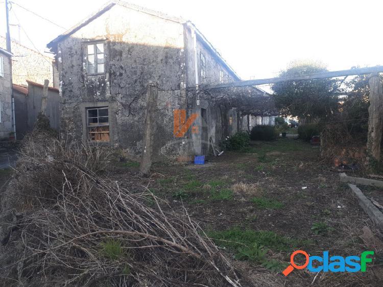 Se vende casa rústica para restaurar en la zona de Calo en