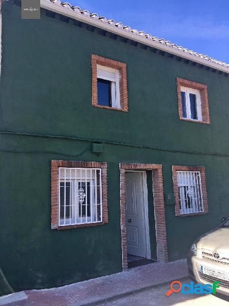 Venta de casa totalmente reformada en Otura (Granada)