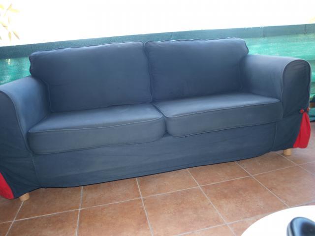 sofa para comedor de color gris