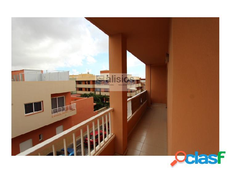 Apartamento de 3 habitaciones en San Isidro VPO
