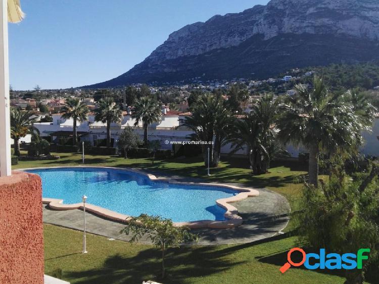 Apartamento en Denia con piscina y jardin comunitario