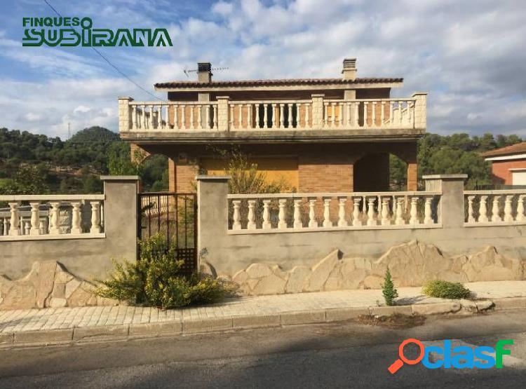 CASA a 4 vents en VENDA a LA POBLA DE CLARAMUNT -