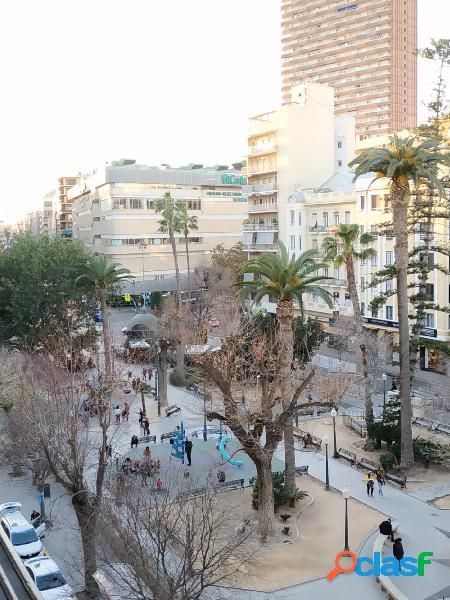 Interesante y Gran piso para reformar junto a la Plaza Calvo
