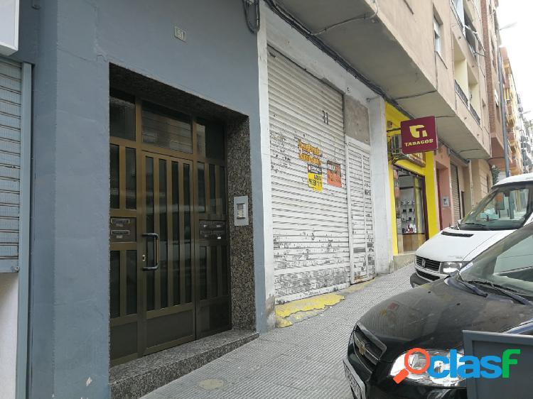 LOCAL COMERCIAL EN LA AVENIDA PRINCIPAL DE ONTINYENT