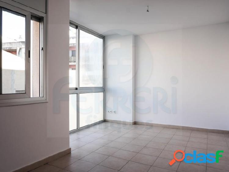 Piso de 55 m2 en la zona centro de Mataró.