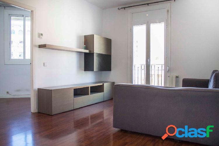 Piso en venta de 71m2 con 3 habitaciones y 2 baños en