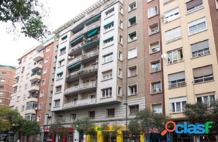 Piso en venta en Calle SAN JUAN DE LA CRUZ, Zaragoza