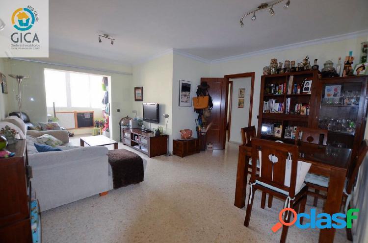 Precioso piso de 3 habitaciones y garaje cercano a