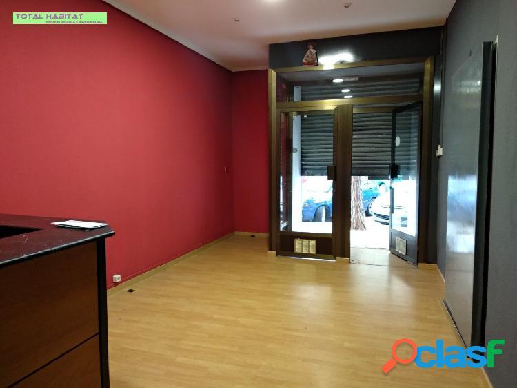 Ref: 00568 Local comercial en Zona Plaza Xuquer 136 m2 + un