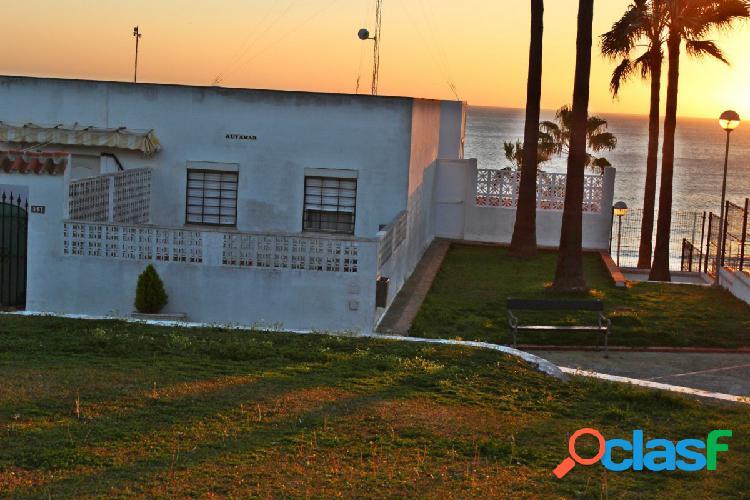 Se vende vivienda en primera línea de Playa