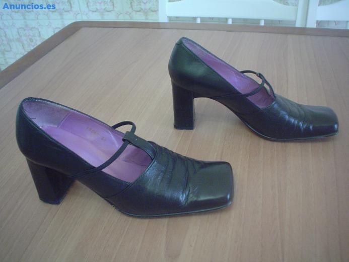 Zapatos De Piel Color Negro Ideales Para Trajes Regiona