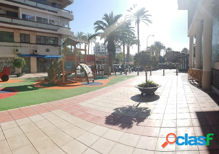 Local comercial a la venta en Alicante zona Centro.