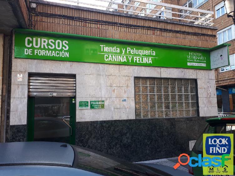 Local en Torrelavega a un paso del centro