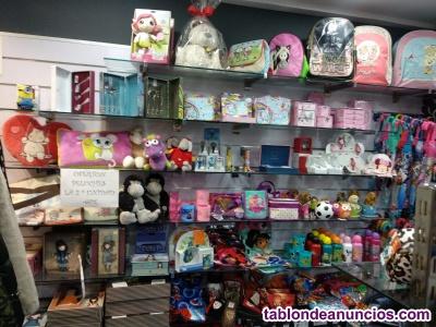 Tienda de regalos y complementos. Cesión/alquiler
