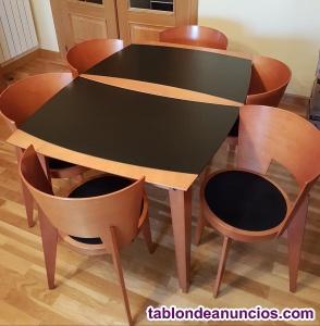 Mesa de comedor extensible y 6 sillas