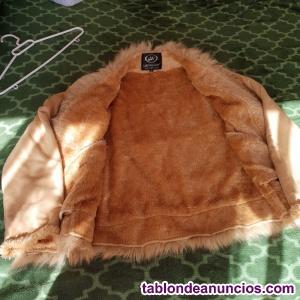 Vendo chaqueta corta forrada de pelo