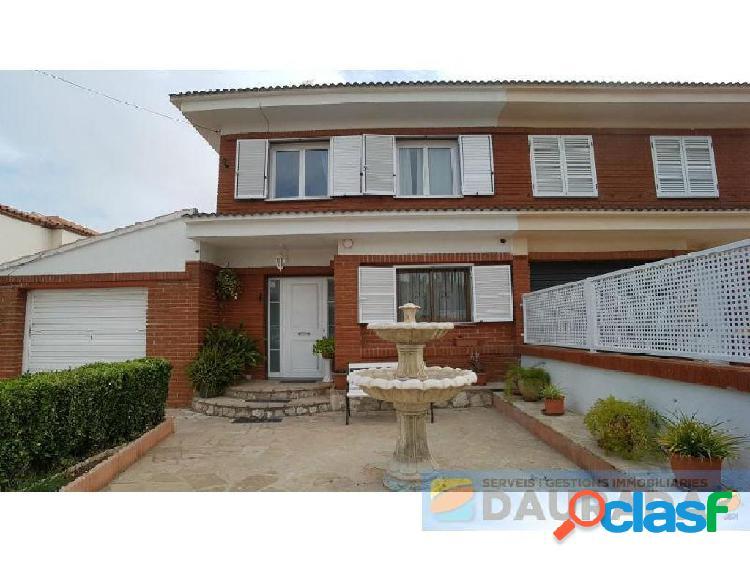 Casa / Chalet en venta en L´Ametlla de Mar de 500 m2