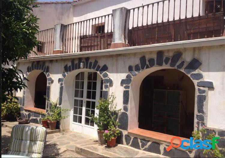 Casa de pueblo en Madroñera, Trujillo, Caceres