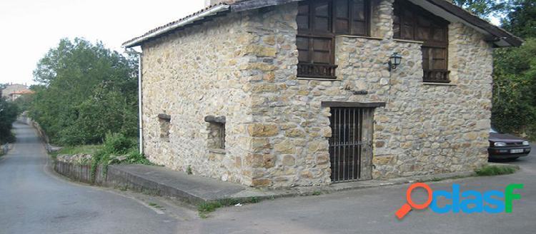 Casa independiente en venta en c/ Felguera 5, Colunga