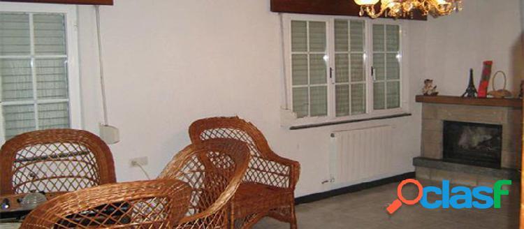 Casa independiente en venta en c/ Grisa 30, Camariñas (La