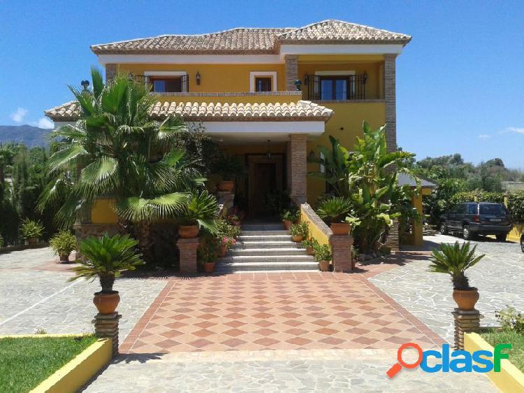 Casa o chalet independiente en venta en avenida de Miguel