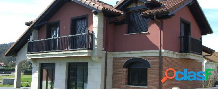 Casa o chalet independiente en venta en calle san roque. 33.