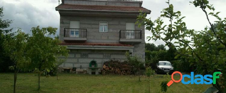 Casa o chalet independiente en venta en calle santa mariña,
