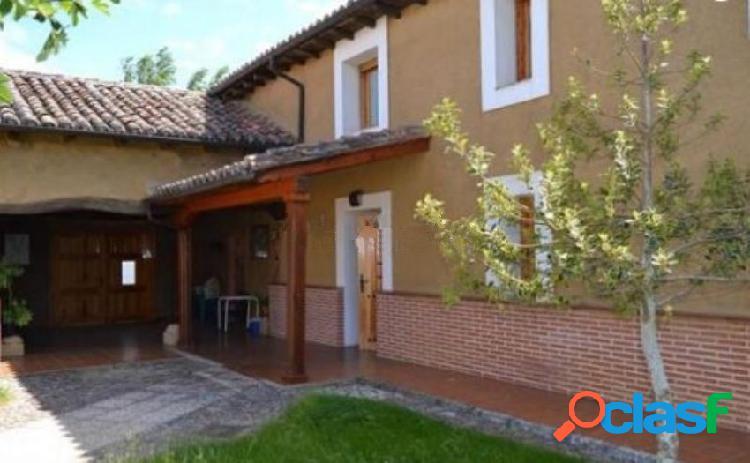 Casa rural en venta en Santa Maria del Monte de Cea, León
