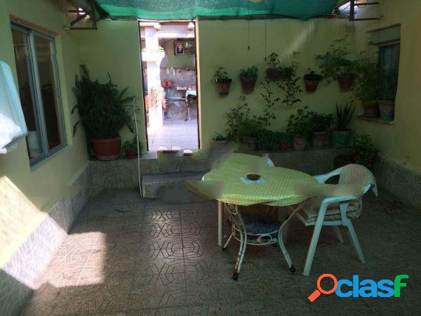 Chalet adosado en venta en calle Conde Valmaseda, 70, Las